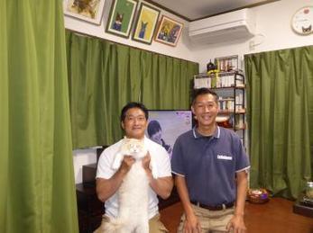レンジフード・猫ちゃん用ドアの交換工事、カーテンの設置工事などを工事させていただいたお客様です。