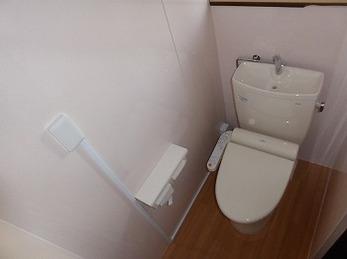 和式トイレから段差のない使いやすい洋式トイレへ